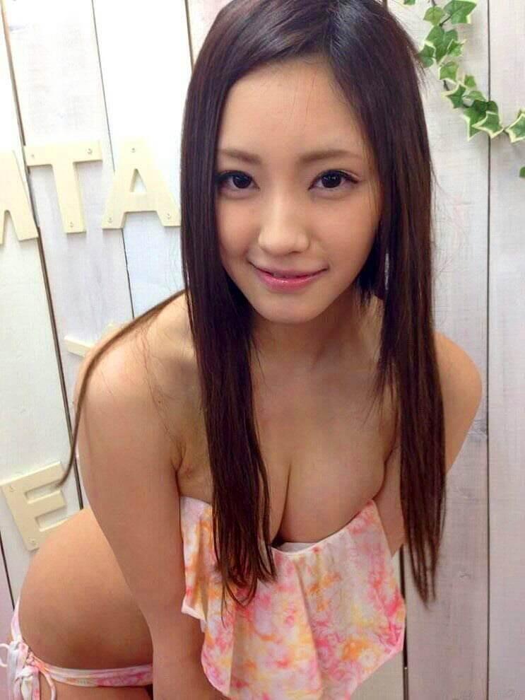 Erika-Momotani-top-10-dien-vien-jav