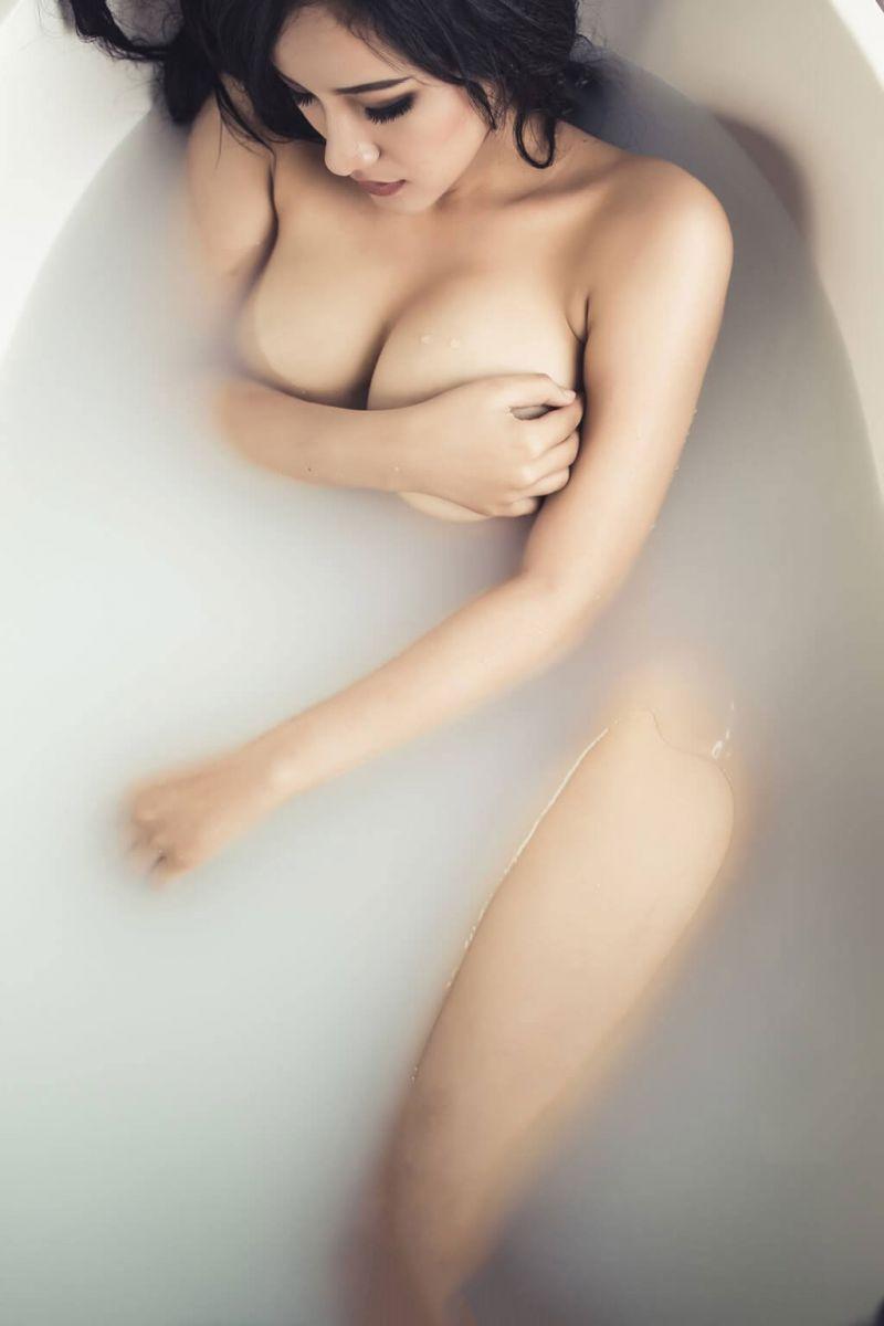 cùng ngắm gái xinh ngực khủng